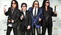 KISS-ROCK-AND-ROLL-HALL-OF-HAME
